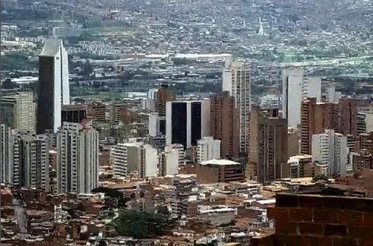 bonitacolombia Centro de Medellin 86540 Copiar
