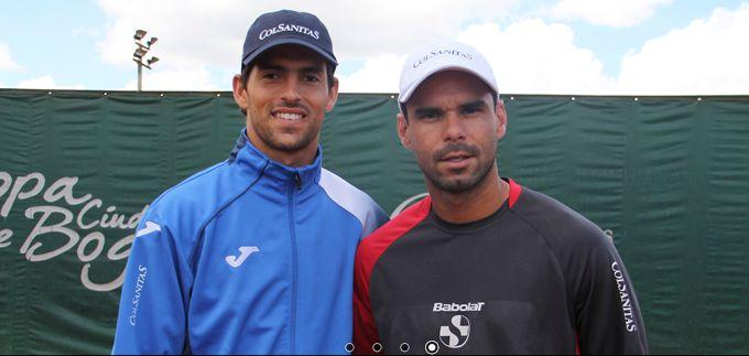 Con las victorias de Giraldo y Falla Colombia a un triunfo de clasificarse al repechaje del grupo mundial de Copa Davis.