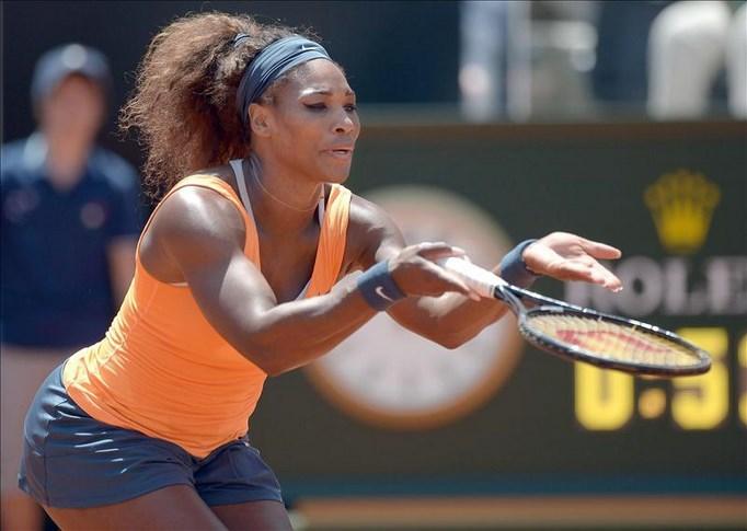 La tenista norteamericana Serena Williams ayer durante las semifinales del torneo de Roma. EFE