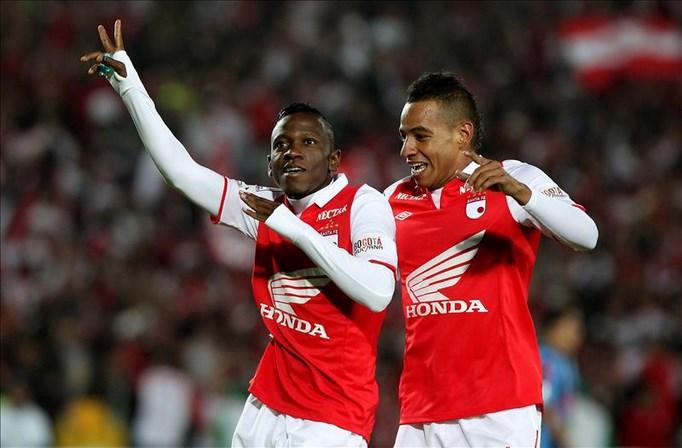 El bogotano Independiente Santa Fe tiene cuatro puntos, mientras el cuadro de Manizales apenas suma uno. EFE/Archivo