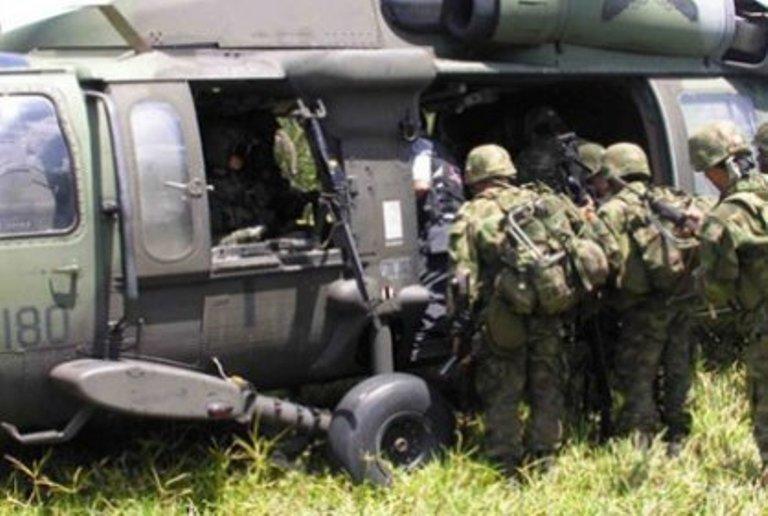 militares atacados