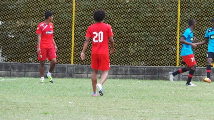Medellín juega ante Huila.