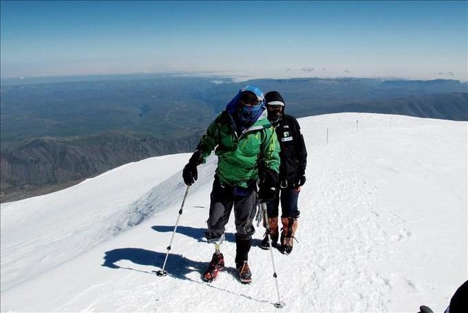 Nelsón Cardona montañista colombiano . Foto EFE.
