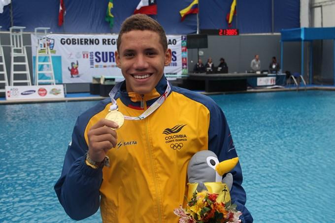 Alejandro Arias medalla de Oro en Perú