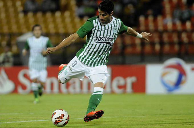 Juan Pablo Angel convirtió un gol ante Tolima en la fecha 10. EFE
