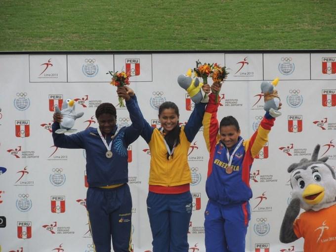 Colombia finalizó en la segunda posición, la medallería general, la primera versión, los Juegos Suramericanos de la Juventud, últimas medallas en atletismo, levantamiento de pesas,  lanzamiento de martillo Foto. Coldeportes.