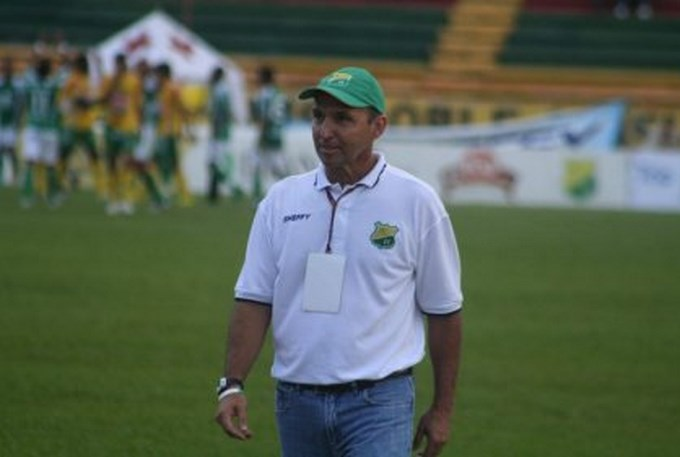 Se va Javier Álvarez del Huila. Foto archivo.