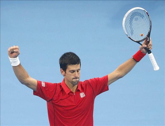 Novak Djokovic, hoy tras vencer en el Open de Tenis de China frente al español Rafael Nadal. EFE