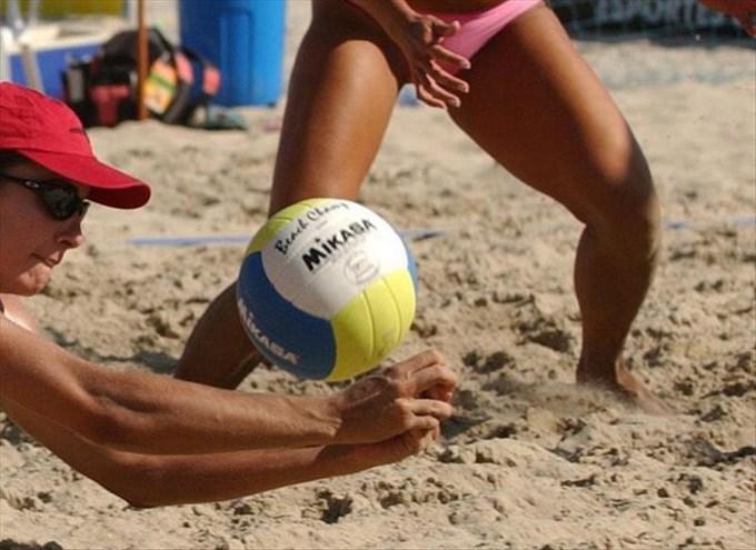 Arranca el Grand Slam de voley playa de Sao Paulo a más de cien km del mar. EFE.