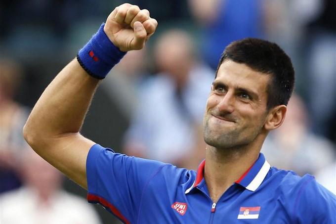 Djokovic avanzá en Master de Pekín.