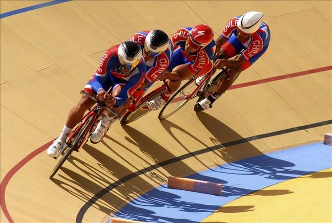 Tres medallas de oro para Colombia y una para Venezuela en ciclismo de pista. EFE.