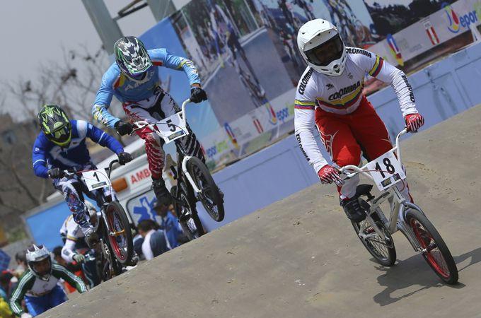 Mariana Pajón, bicicrocista colombiana ganadora del oro en Juegos Bolivarianos 2013