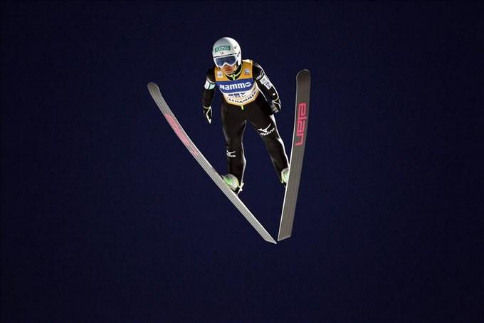 La japonesa Takanashi, primera líder al ganar en Lillehammer.EFE.
