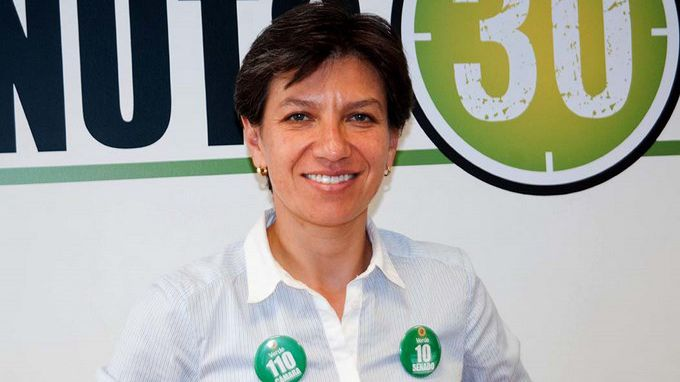 La senadora Claudia López.