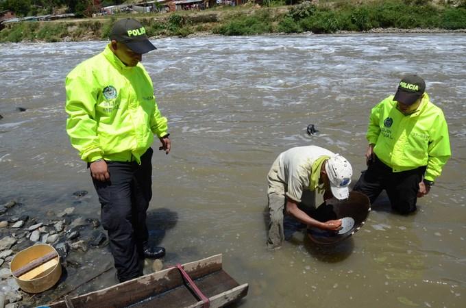 Operativos contra mineria ilegal (3) (Copiar)