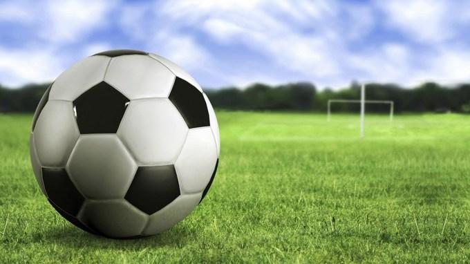 balon de futbol sobre la hierba wallpapers 21886 1920x1200 1920x1200 Copiar1