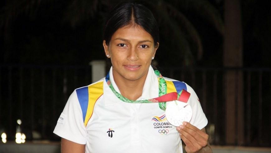 Carolina Castillo oro en lucha Centroamericanos y del Caribe - Foto COC
