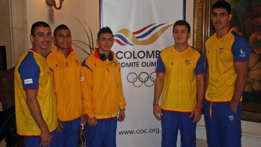 Equipo masculino de gimnasi - Foto COC