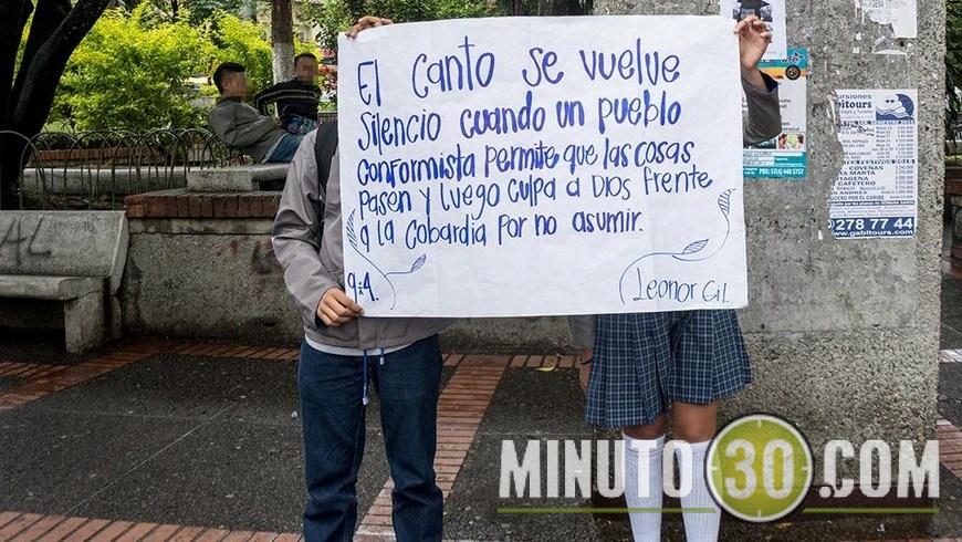 MUJER MUERTA Y ADOLESCENTE DESAPARECIA EN CALDAS (11)