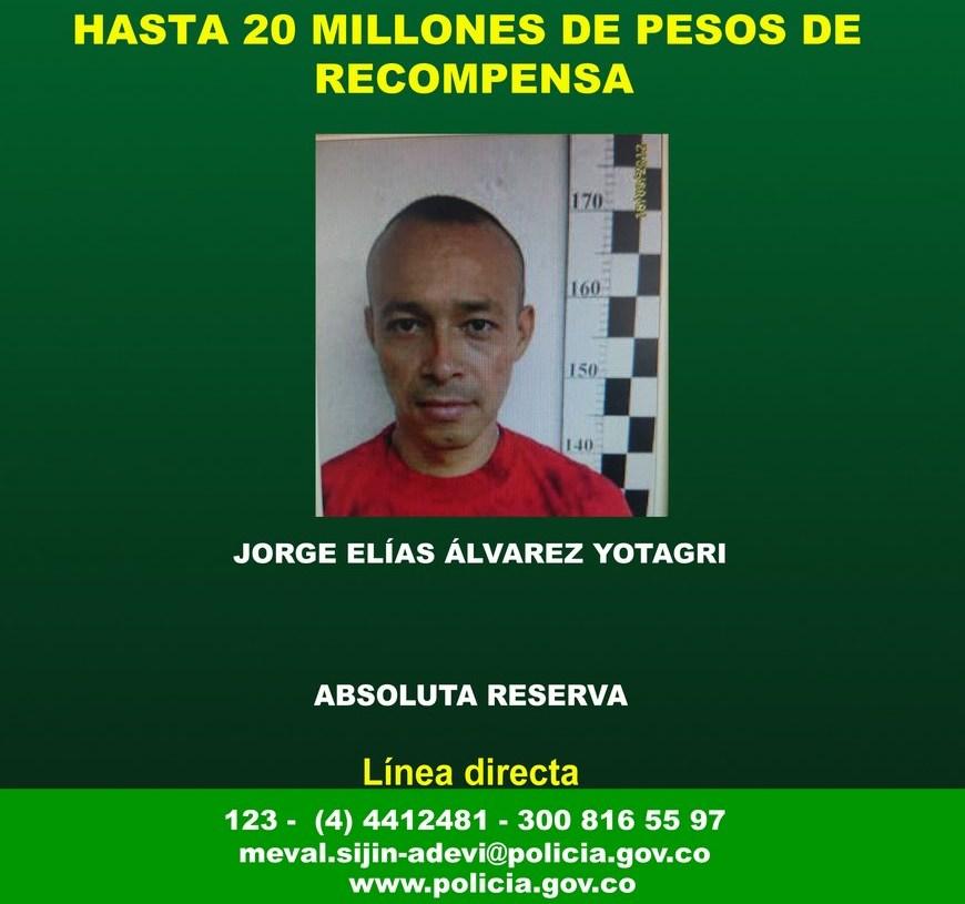 Afiche del ofrecimiento de recompensa por la captura de Álvarez Yotagri.