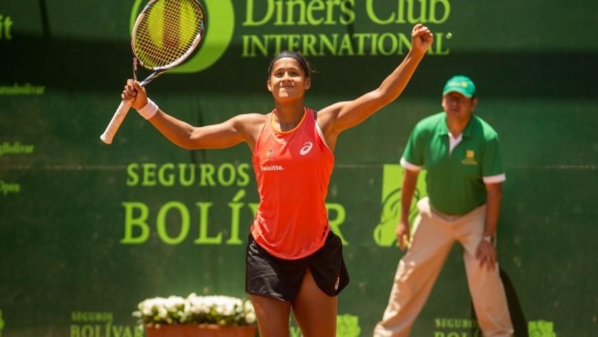 Teliana Pereira, jugadora brasilera campeona del IFT Challenger Seguros Bolívar Open Medellín 2015.