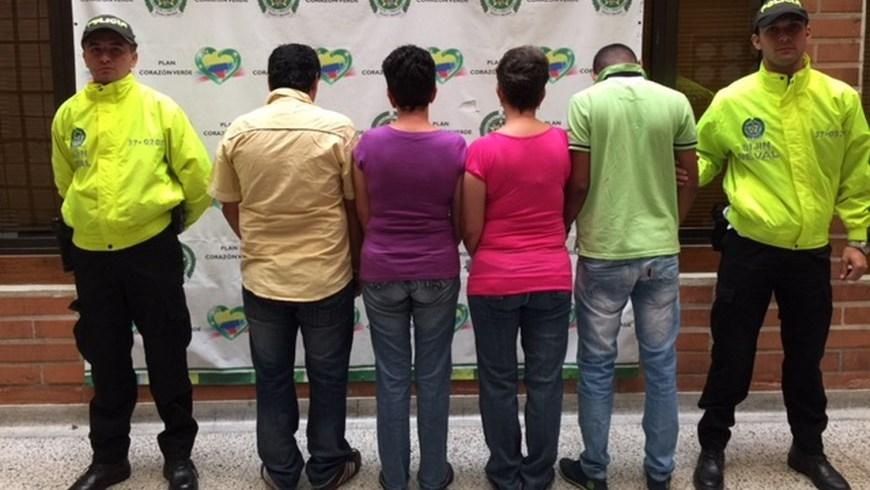 Los demás capturados por este caso. Foto: Policía Metropolitana del Valle de Aburrá.