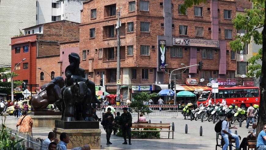 Intervenci%C3%B3n Plaza Botero Copiarapp