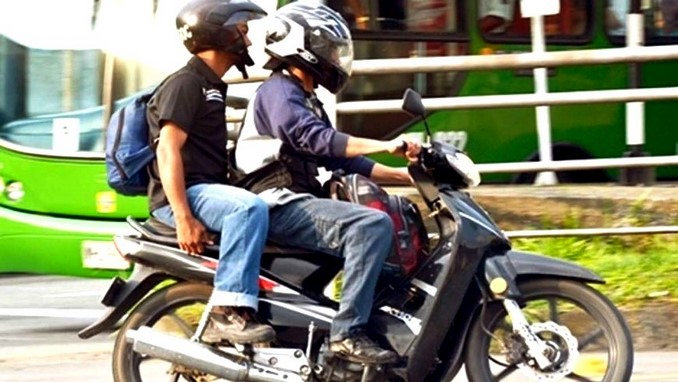 Motociclistas.