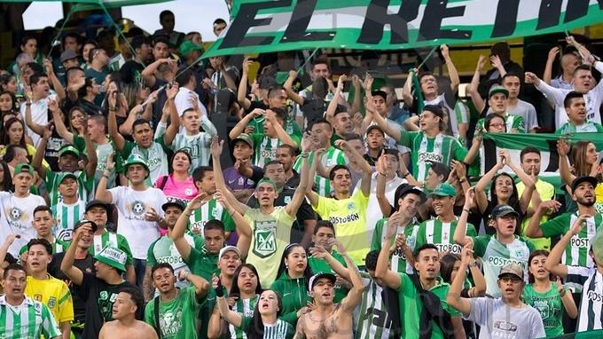 Hinchas de Atlético Nacional en Atanasio Girardot.