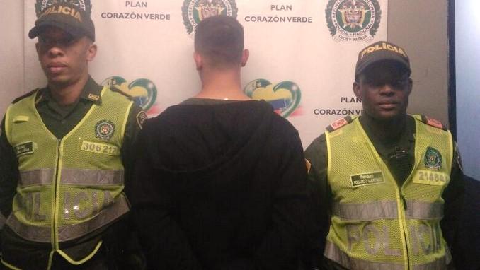 capturado policia hurto 1