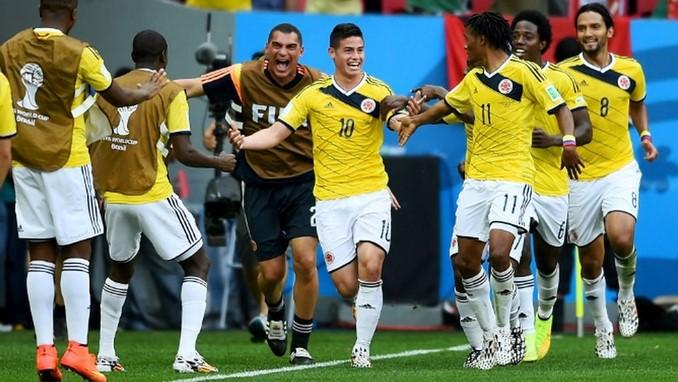 James Rodriguez celebra gol con Colombia Mundial Copiar