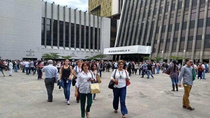 Evacuación Alcaldía de Medellín