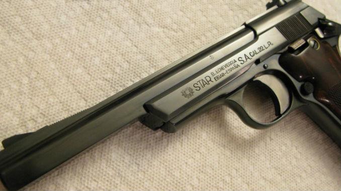 Pistola_Star_Echeverria_calibre_22_Archivo