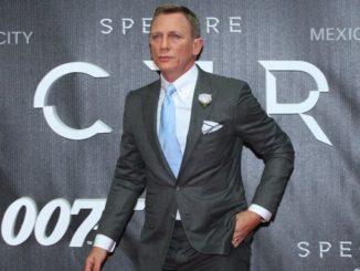 """Fotografía de archivo del 28 de octubre de 2015 que muestra al actor británico y miembro del reparto Daniel Craig durante la presentación de la película de James Bond """"Spectre"""" en Berlín (Alemania). EFE/Archivo"""
