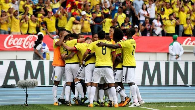 Falcao celebra gol ante Brasil 1
