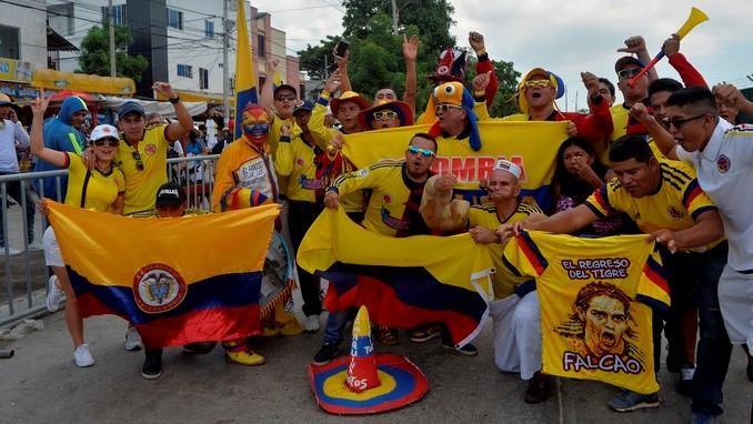 Seleccion Colombia hinchas