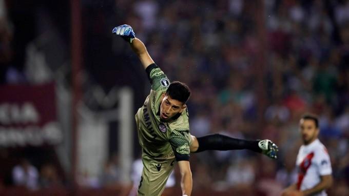 Lan%C3%BAs River Plate 1