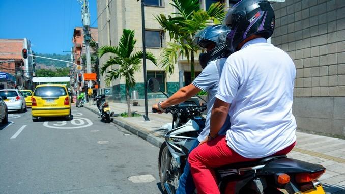 Por aumento de robos, en Itagüí extienden la prohibición de parrillero hombre hasta el 2022