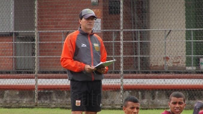 Ruben Bedoya entrenador de Envigado 2