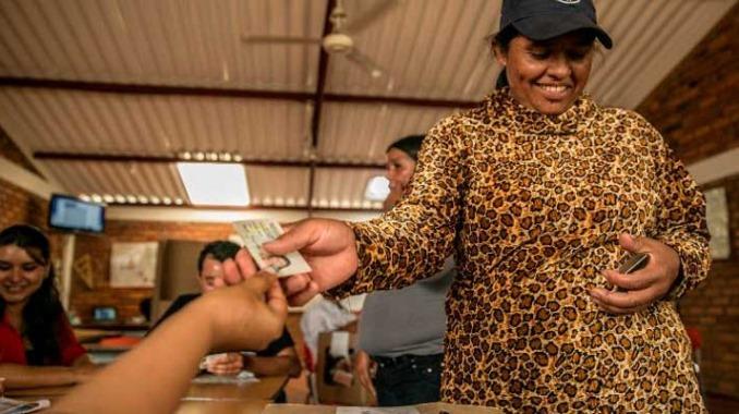 Más de 18 millones de mujeres están habilitadas para votar este domingo