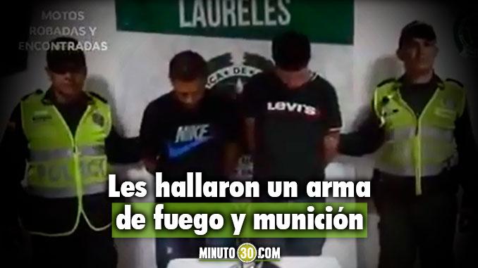 Así capturaron a dos venezolanos que habrían hurtado una camioneta en Laureles