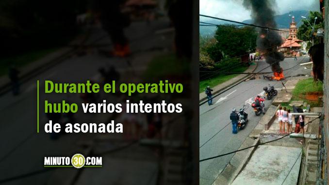 Dos capturados tras protestas en El Limonar. El Esmad hizo presencia para controlar desmanes
