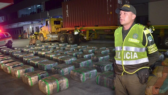 Camufladas en detergente en polvo eran transportadas más de dos toneladas de marihuana
