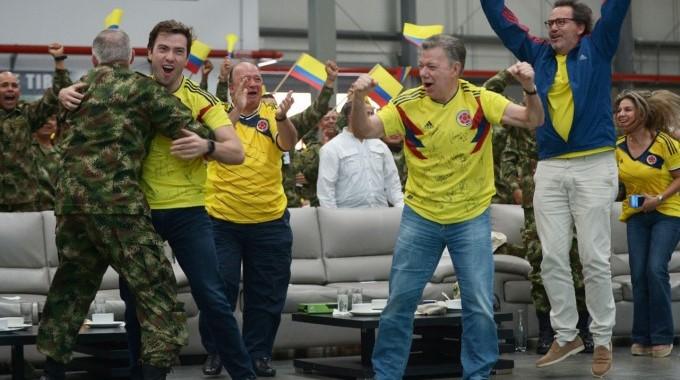 Santos celebra triunfo Colombia 1