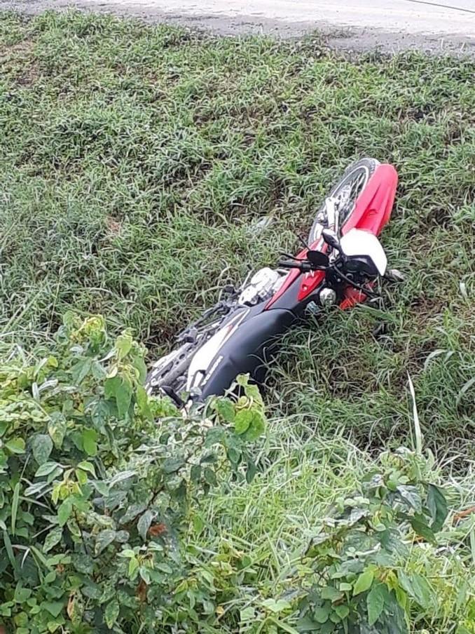 Avioneta de fumigación se accidentó al aterrizar de emergencia en la vía Carepa - Apartadó