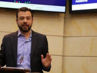 senador Carlos Fernando Gal%C3%A1n