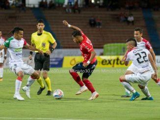 Medellin Caldas con arbitro