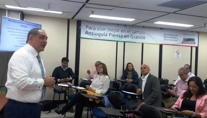 Anuncian una inversión de $34 mil millones para la atención inmediata del brote de Brucelosis Bovina en Antioquia