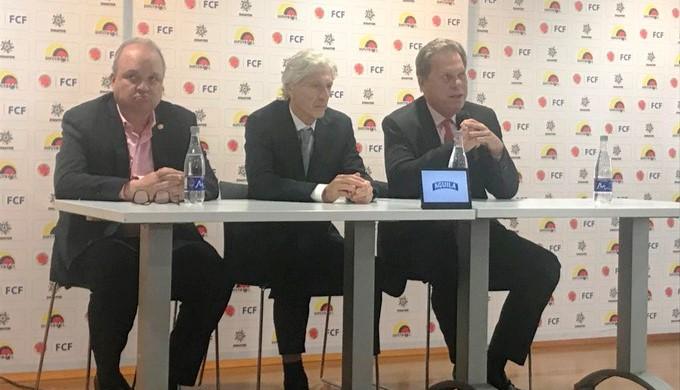 pekerman colombia renuncia