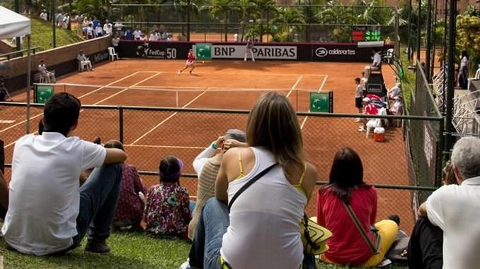 Tenis de campo cortesia Liga Copiar